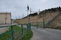 20135_562