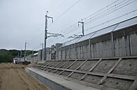 20146_351